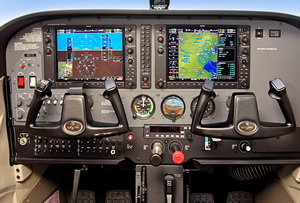 C172_G1000_cockpit_small